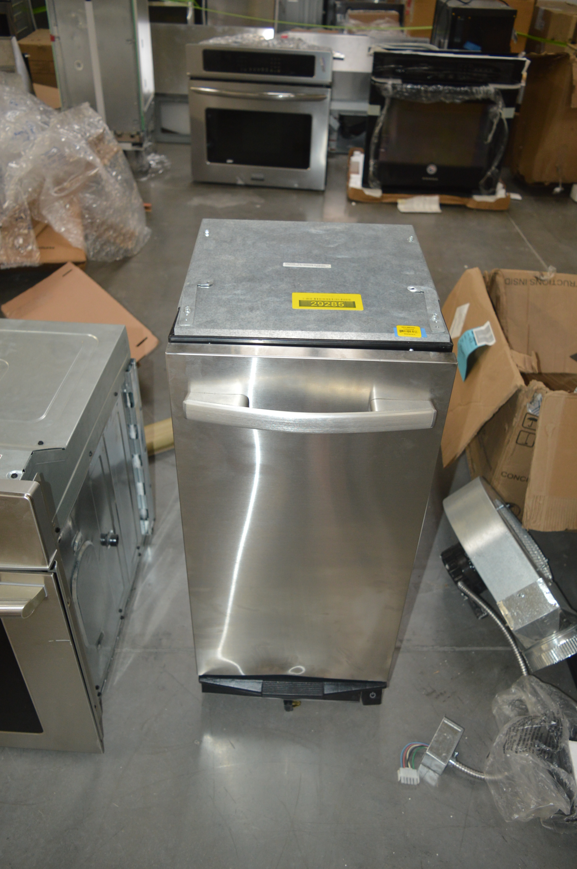 Whirlpool TU950QPXS2 Freestanding Trash Compactor Stainless