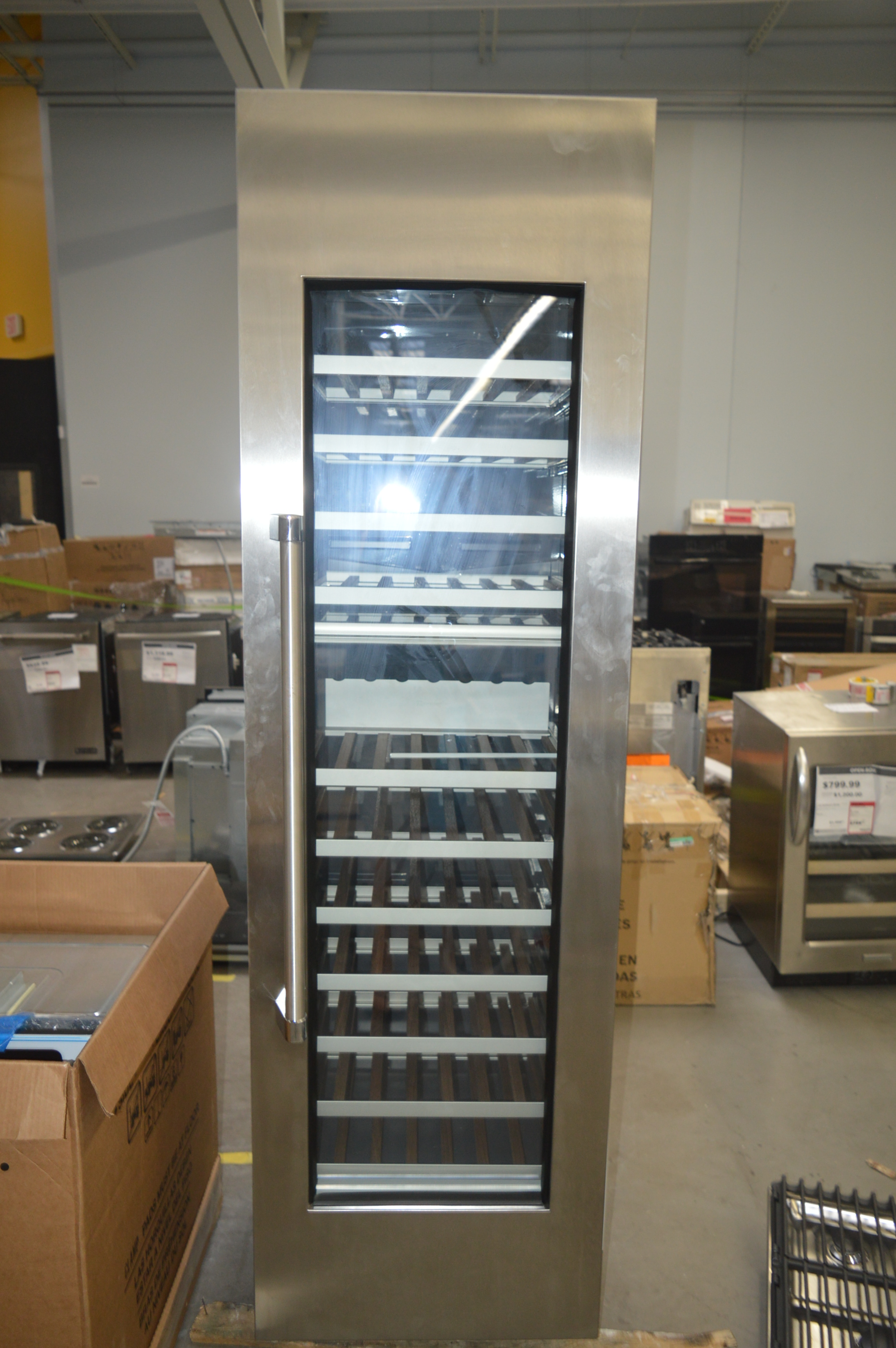 Thermador T24IW800SP Built-In Wine Cooler Stainless