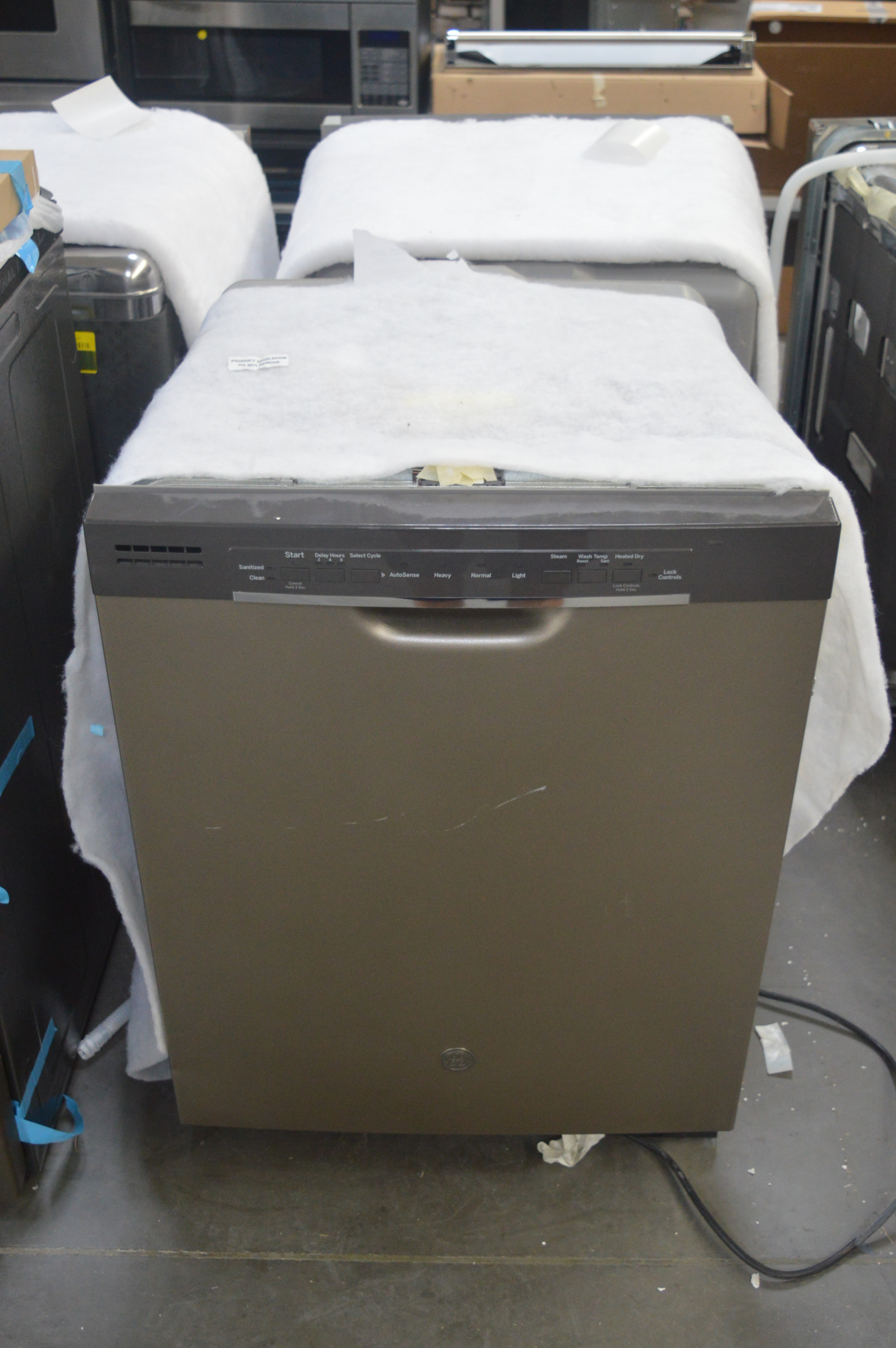 GE GDF520PMJES Full Console Dishwasher