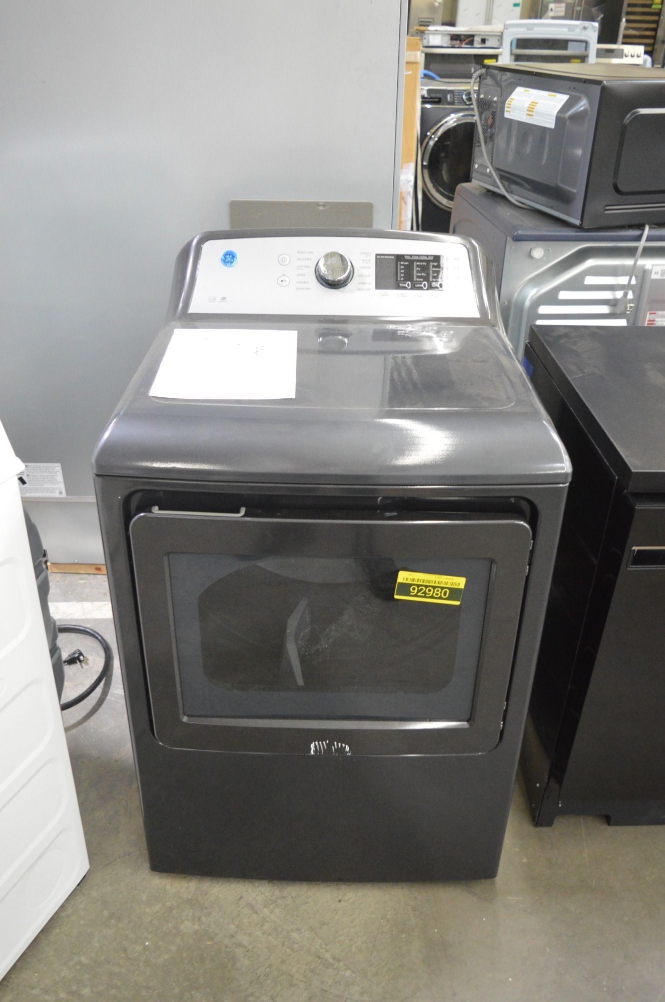 GE GTD72EBPNDG 27'' Diamond Gray Front Load Electric Dryer NOB #92980 HRT
