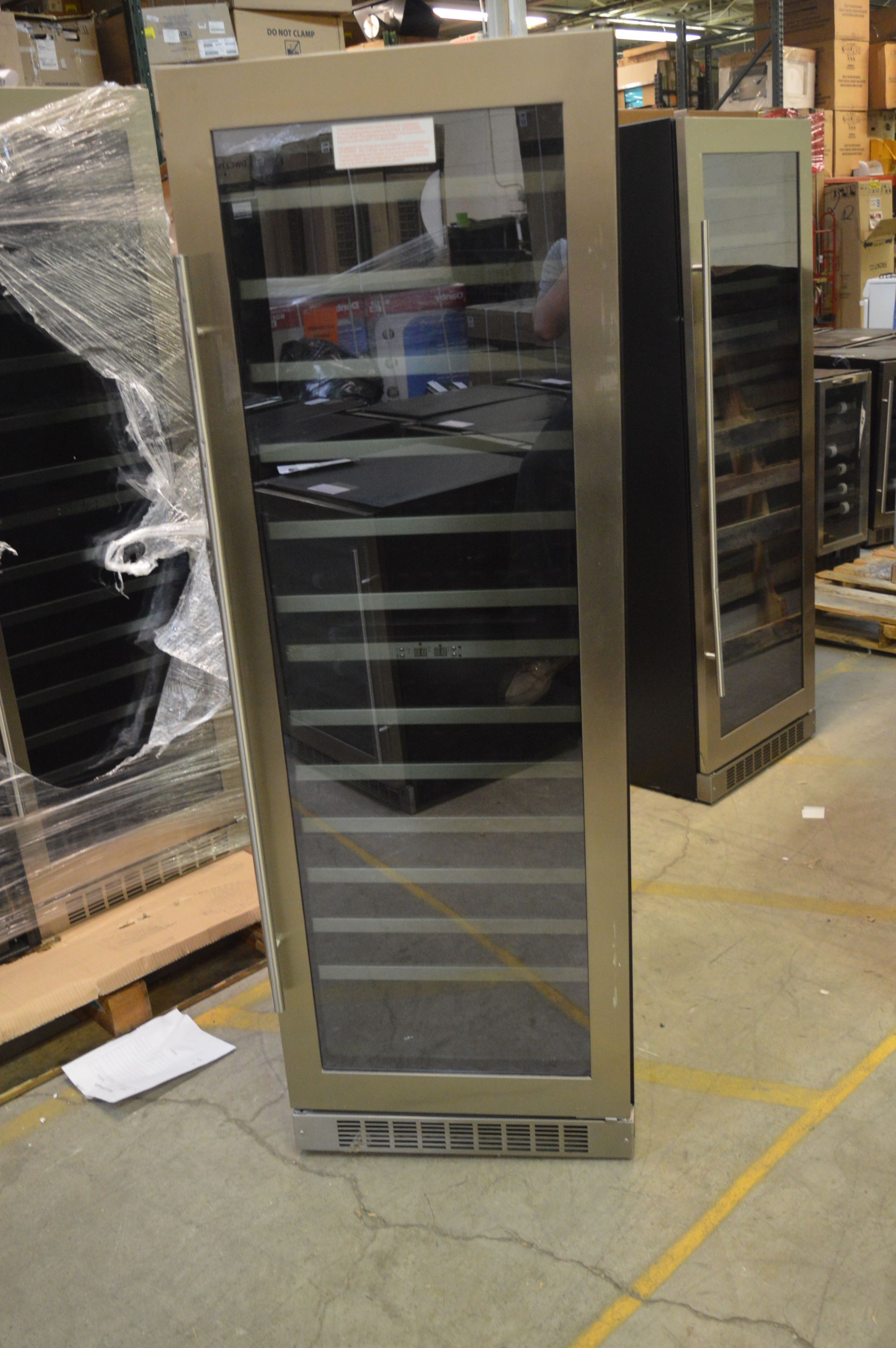 Danby Dwc140d1bsspr 24 Quot Stainless Built In Wine Cooler T 2